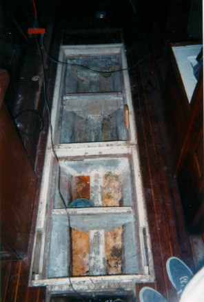 Who uses a bilge as a water tank? A bit of plexiglass formed the top side. Looks tasty!